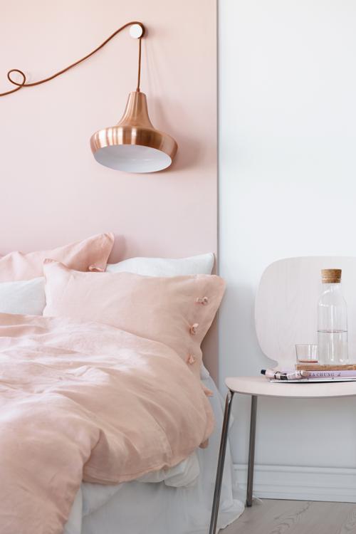 15 pink rooms rose quartz interiors rh elledecor com white and baby pink bedrooms