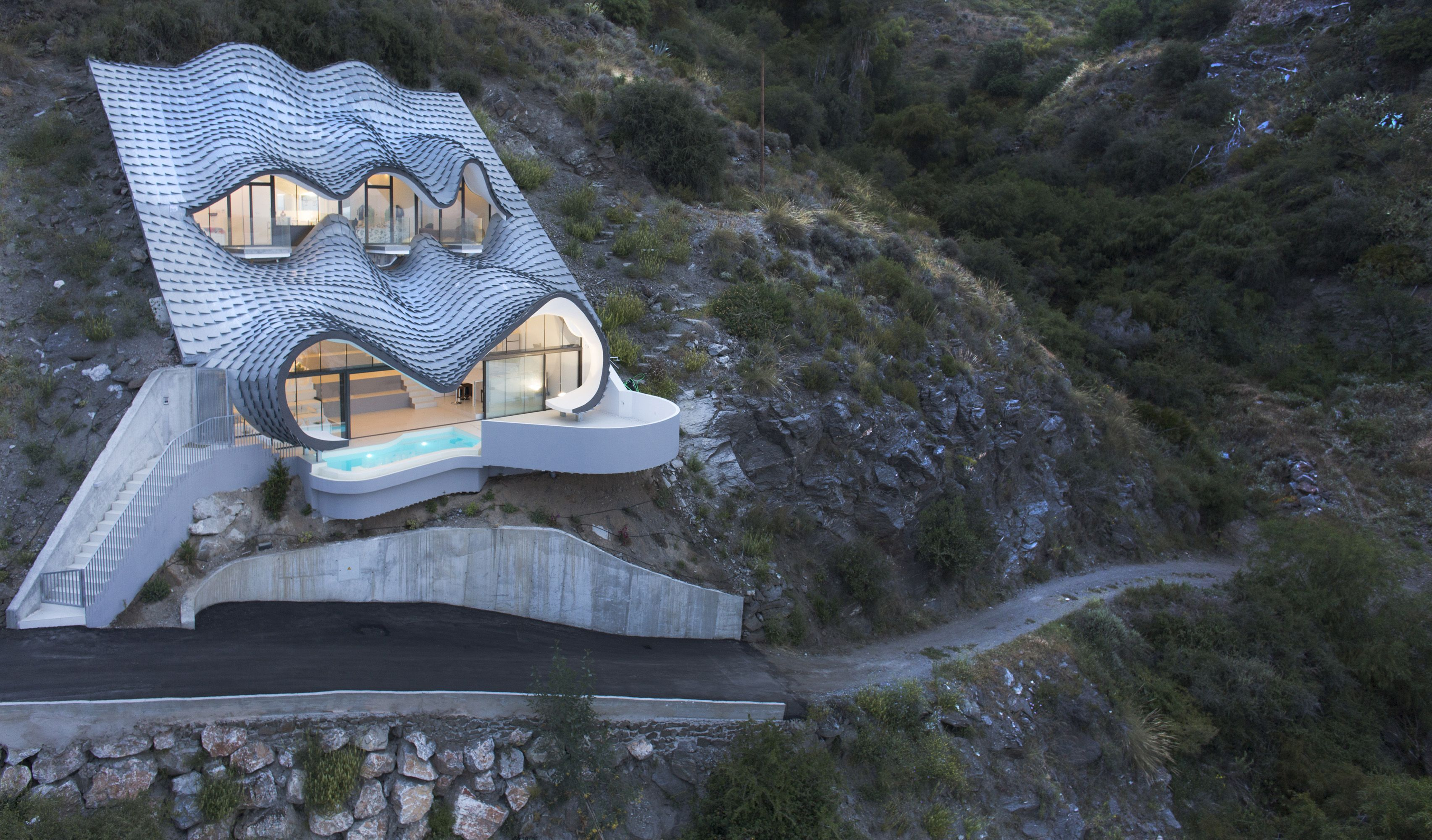 10 Mountain Houses Cliffside And Mountain Views