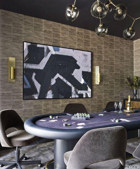 Furniture, Table, Room, Wall, Interior design, Flowerpot, Space, Houseplant, Design, Light fixture,