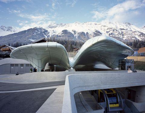 Mountainous landforms, Mountain range, Mountain, Winter, Ridge, Snow, Urban design, Summit, Hill station, Freezing,