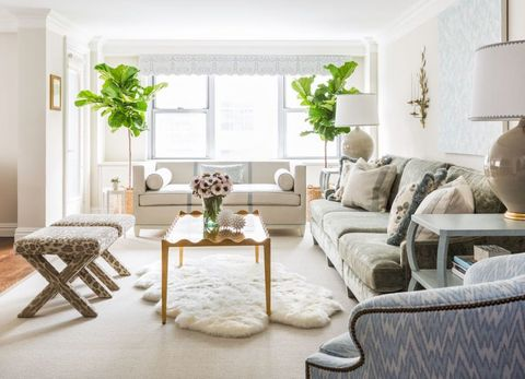 How To Design A Family Friendly Living Room - Family Room Ideas