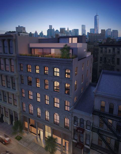 Window, Urban area, Neighbourhood, City, Metropolitan area, Apartment, Residential area, Roof, Building, Facade,