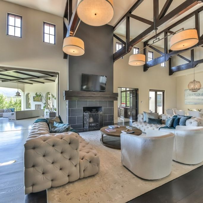 Britney Spears Sells California Mansion