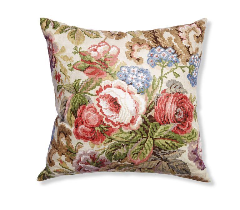 Trend Alert Dalmatian Print Home Decor: Floral Print Fashion And Furniture Trend Alert