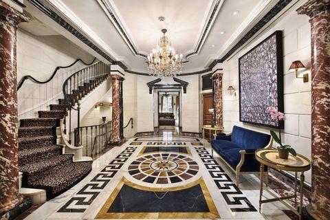 Interior design, Lighting, Room, Property, Floor, Ceiling, Interior design, Hall, Light fixture, Chandelier,