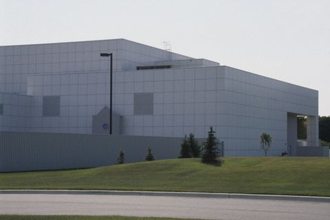 Prince S Paisley Park Estate Never Before Seen Photos Of Paisley Park