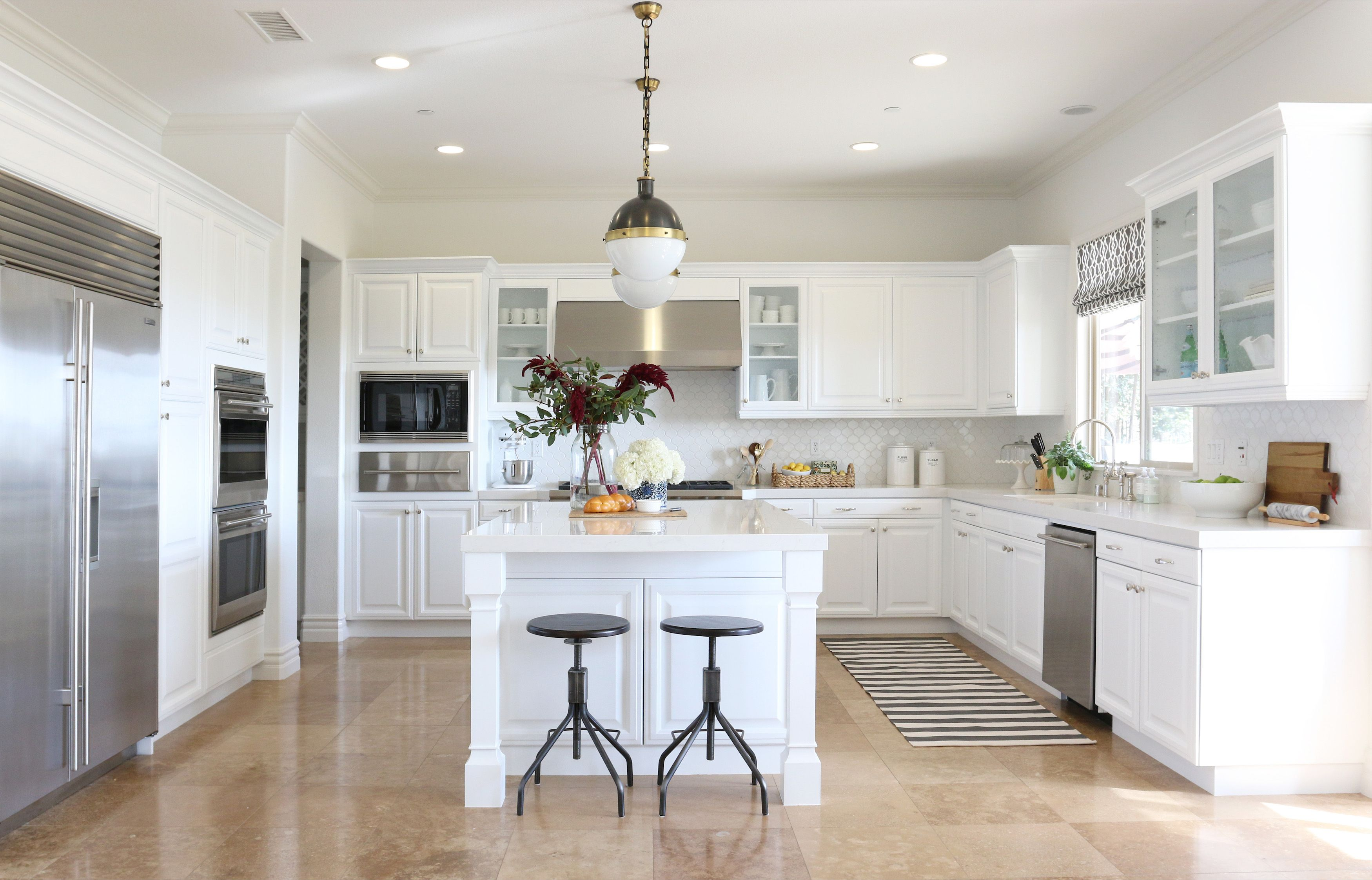 awesome Kitchen Design Ideas With White Cabinets #3: Elle Decor