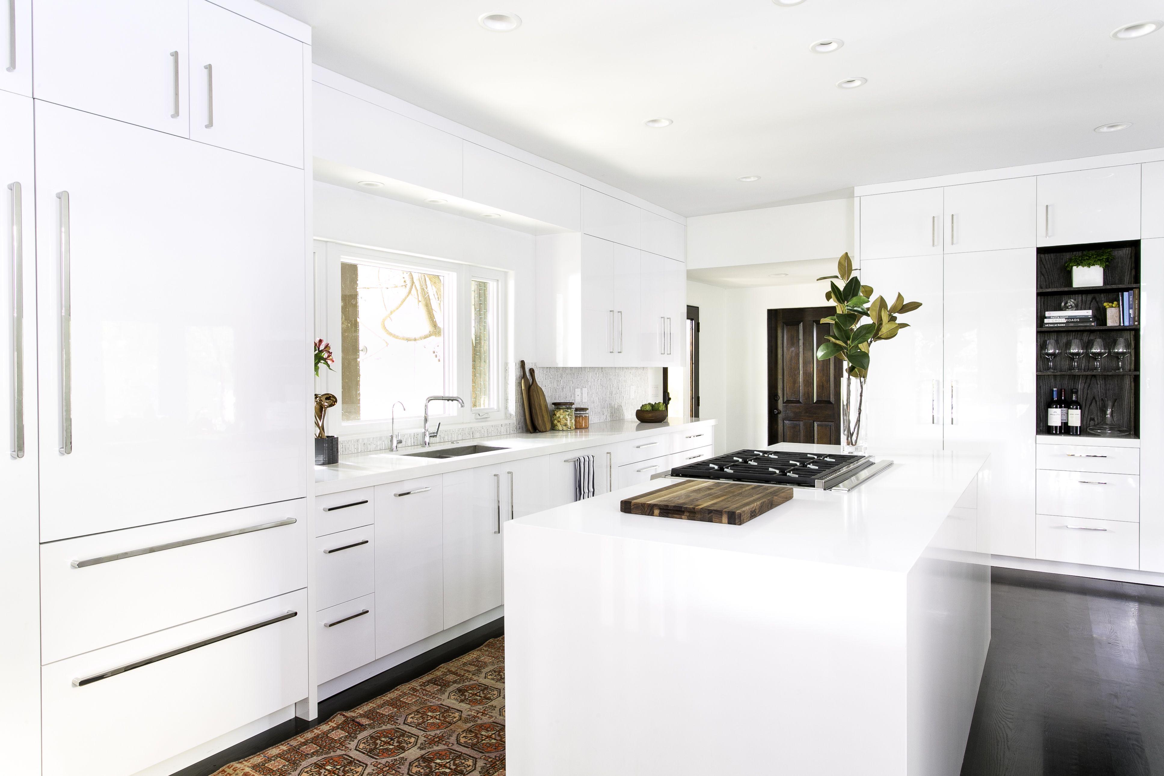 14 best white kitchen cabinets design ideas for white cabinets rh elledecor com