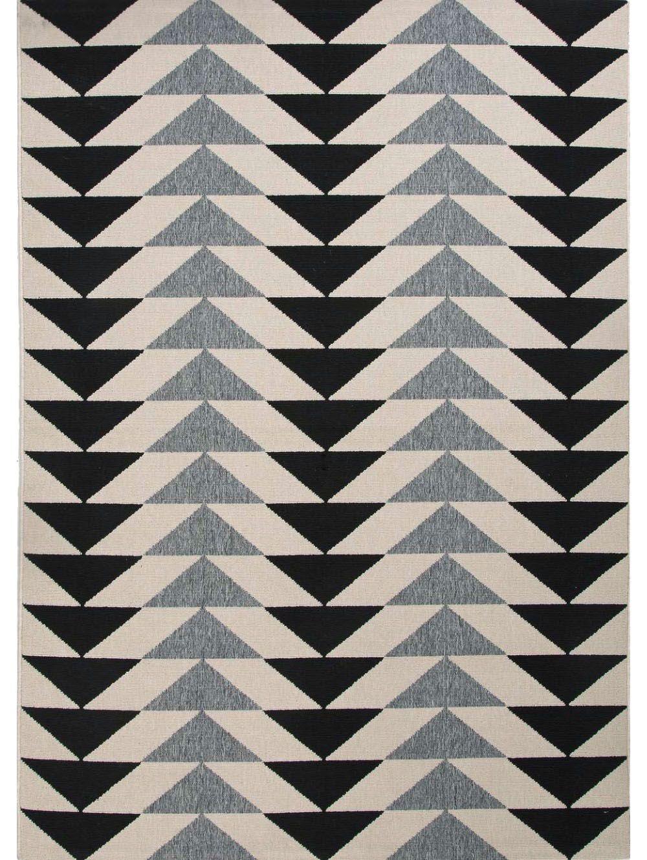 20 best indoor outdoor rugs - stylish outdoor rug ideas