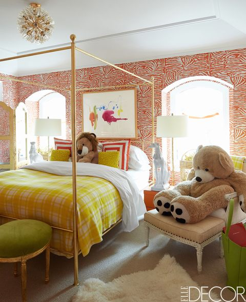 Look at this gorgeous four poster canopy bed! A perfect bed for girls to grow into and adapt to changing tastes.