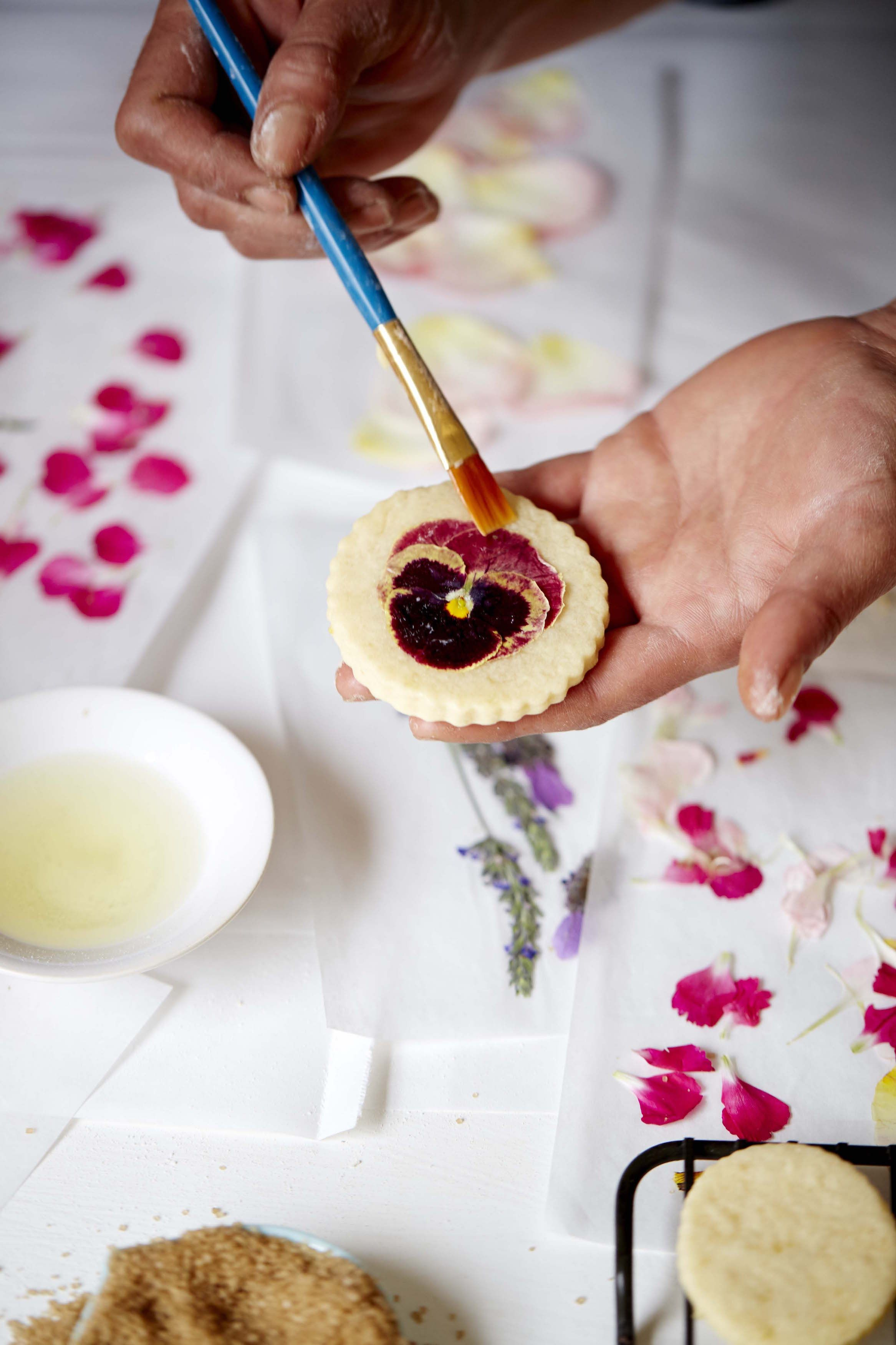 The Classic Sugar Cookie Recipe Gets Made Over With Edible Flowers