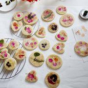 Edible flower sugar cookies