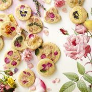 Edible flowers for summer recipes