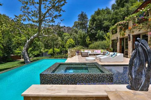 Jennifer Lopez home