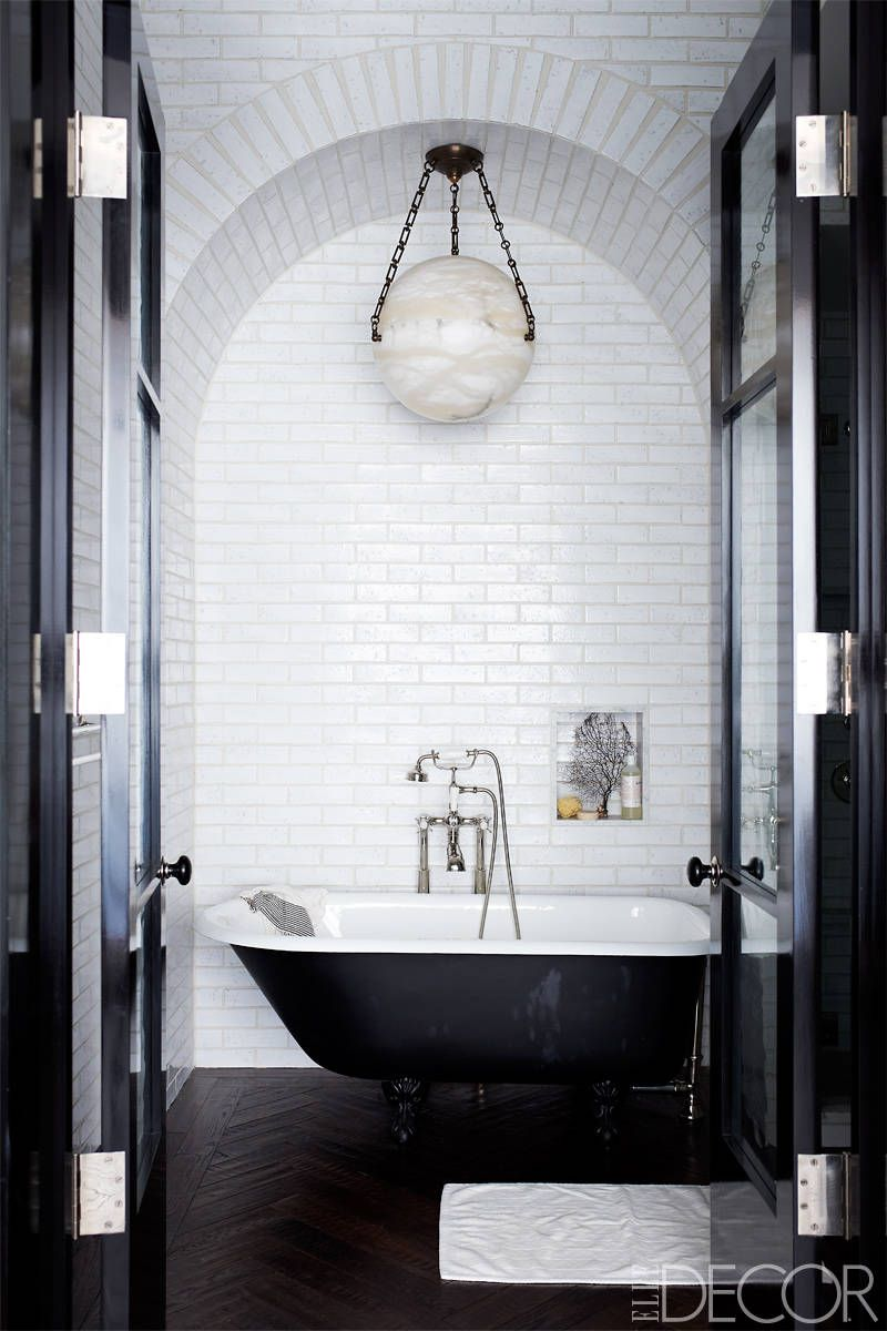 35 black white bathroom design and tile ideas rh elledecor com black and white marble floor bathrooms