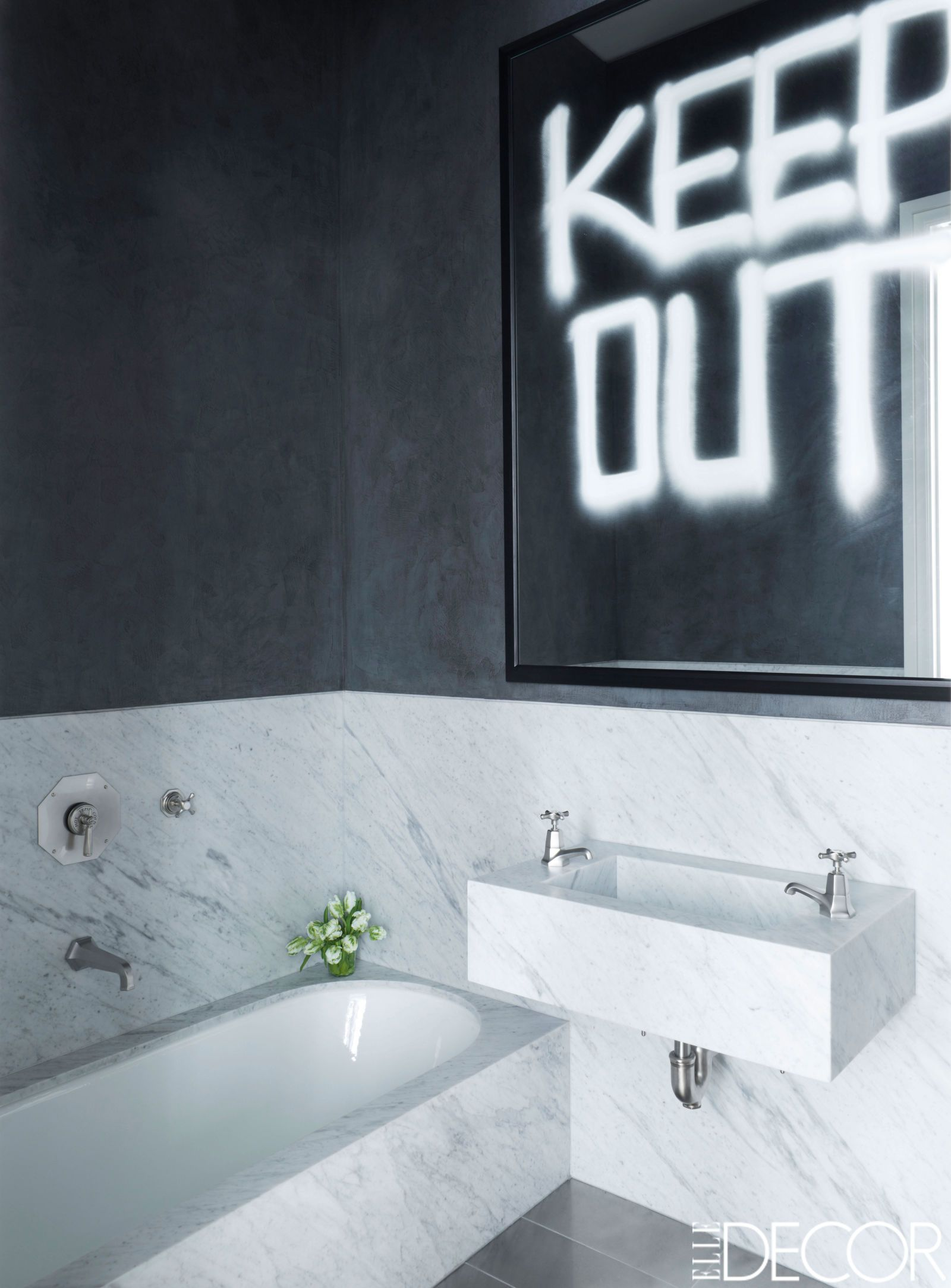 Traditional black and white bathroom - Traditional Black And White Bathroom
