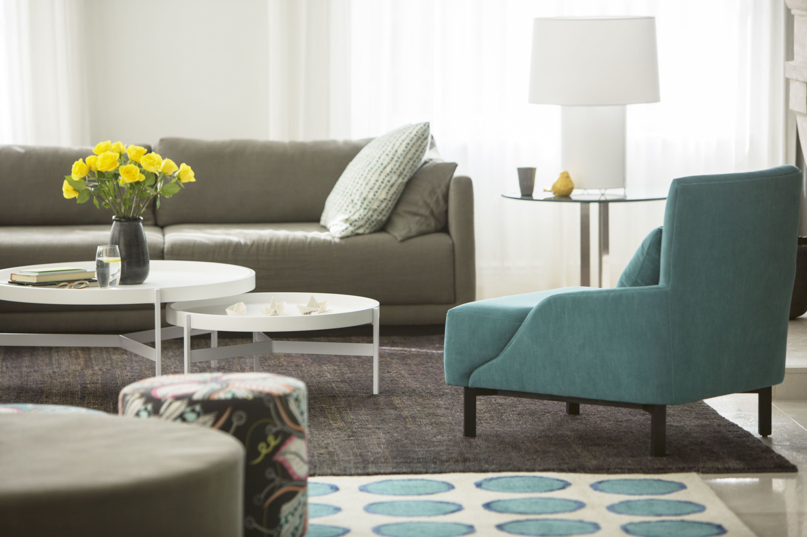 4 living room layout ideas how to arrange living room furniture rh elledecor com