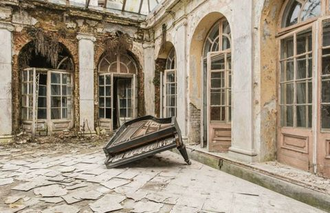 abandoned places, abandoned buildings, haunted places