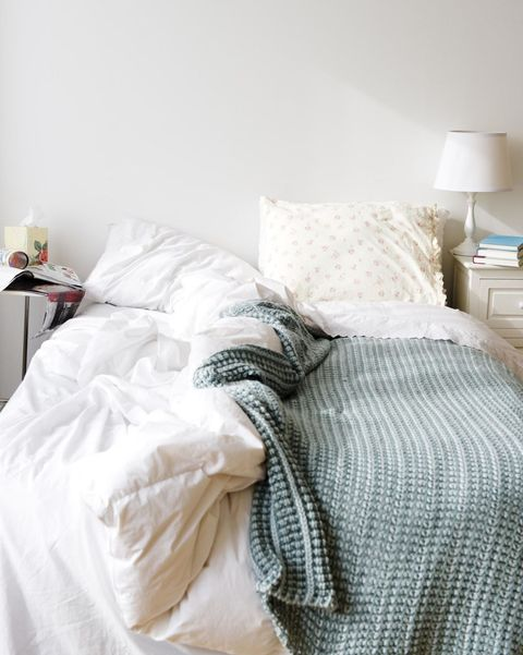 Room, Bed, Bedding, Bedroom, Textile, Bed sheet, Furniture, Linens, Interior design, Lampshade,