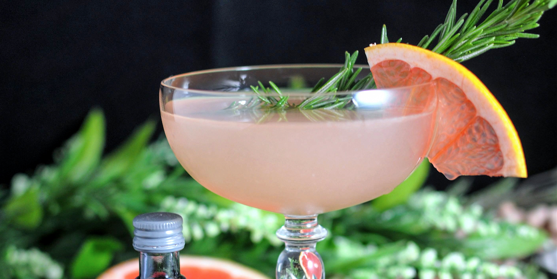 30+ Best Gin Cocktails To Try Out Tonight