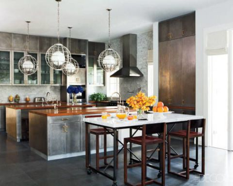 Designed For True Modern Day Entertaining This Florida Home By Nate Berkus Showcases Stools By Bddw And Light Fixtures By Historical Materialism