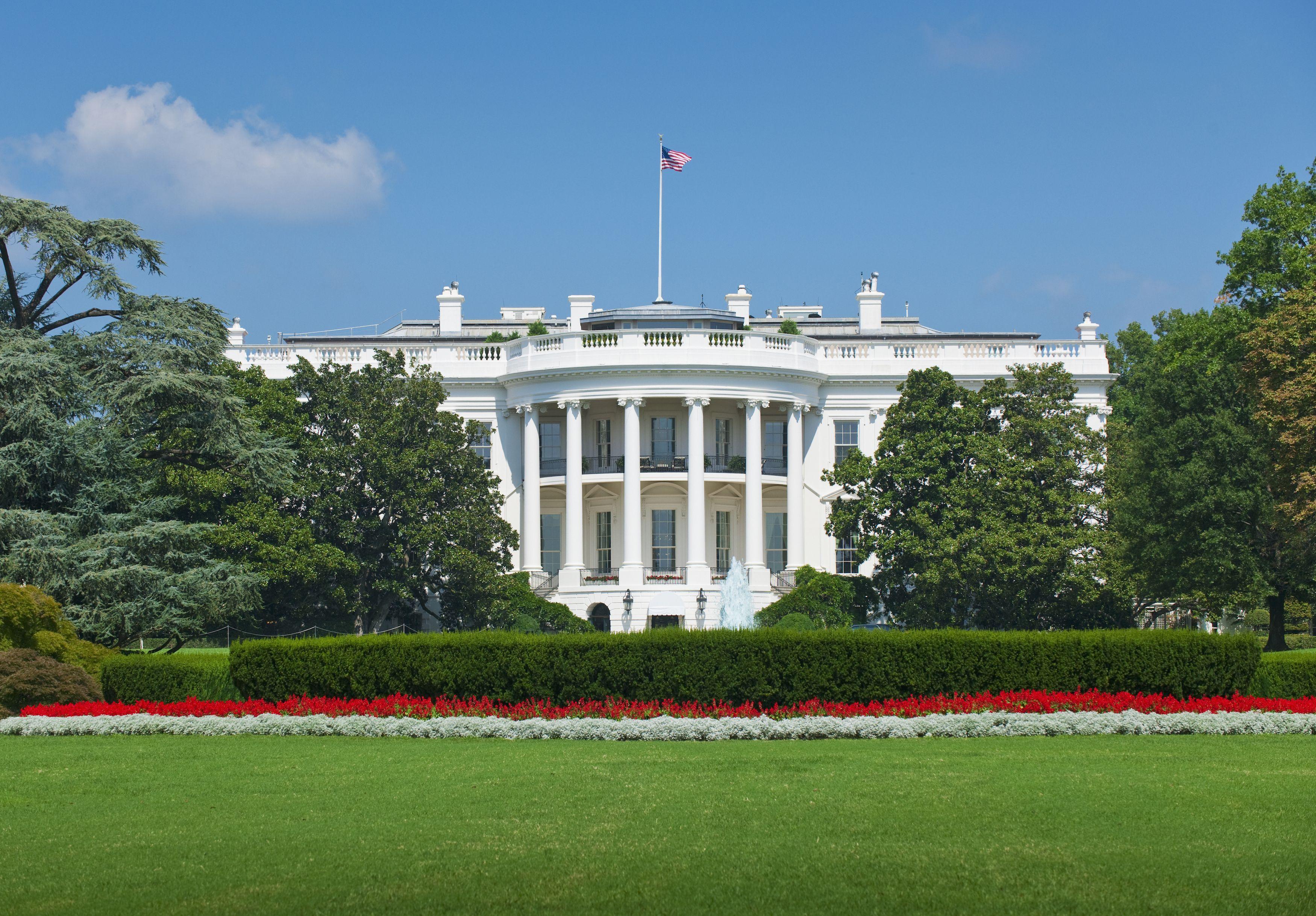 10 Famous Landmarks And Their Interesting History - American Landmarks