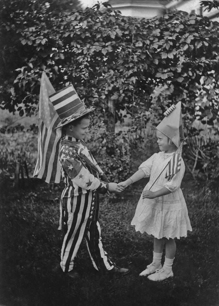 15 vintage american flag photos