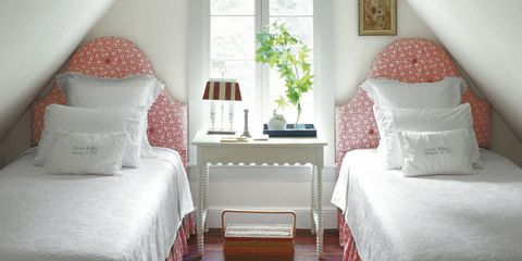 26 small bedroom design ideas -decorating tips for small bedrooms