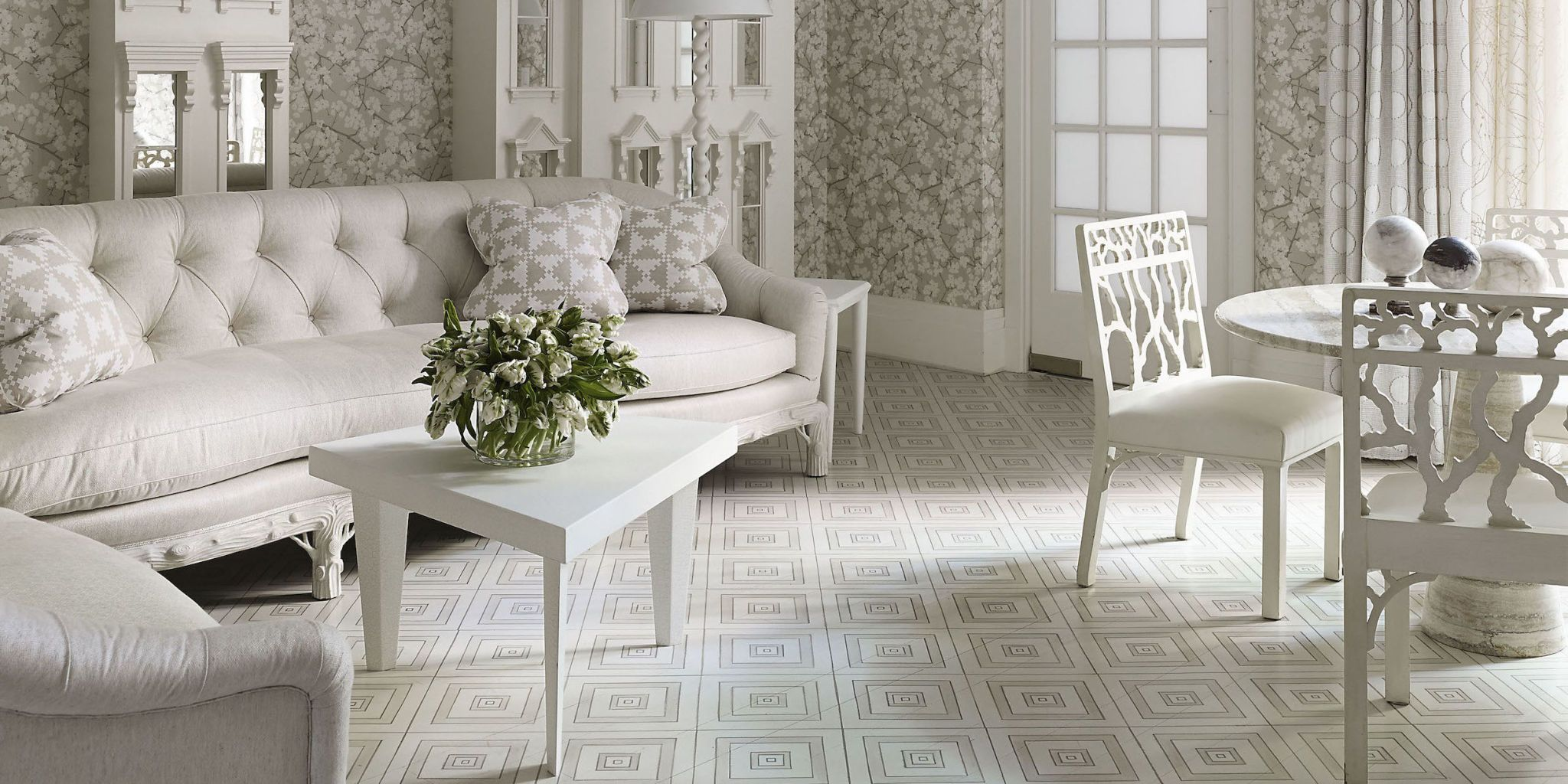 White furniture room ideas Modern White Living Room Furniture Elle Decor 20 White Living Room Furniture Ideas White Chairs And Couches