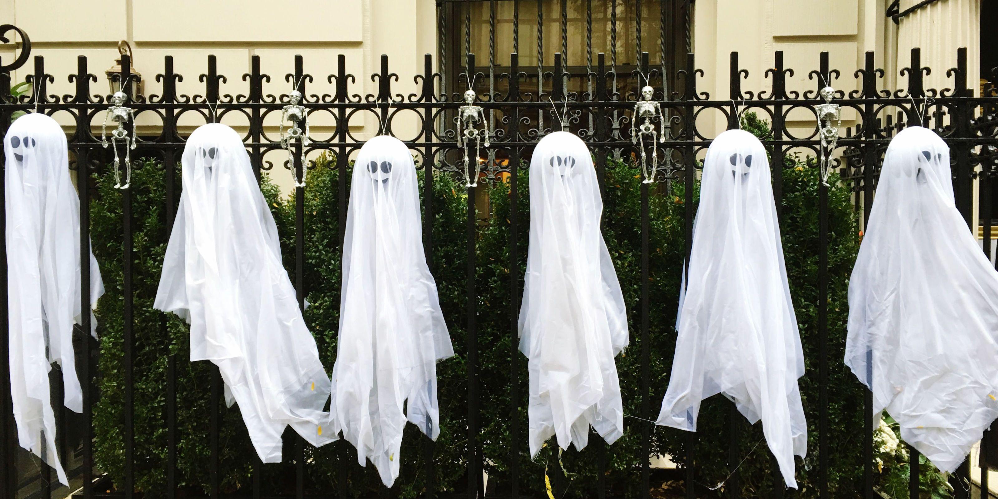 10 Best Outdoor Halloween Decorations , Porch Decor Ideas