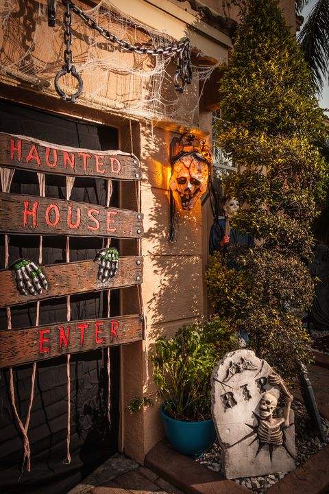 10 Best Outdoor Halloween Decorations Porch Decor Ideas