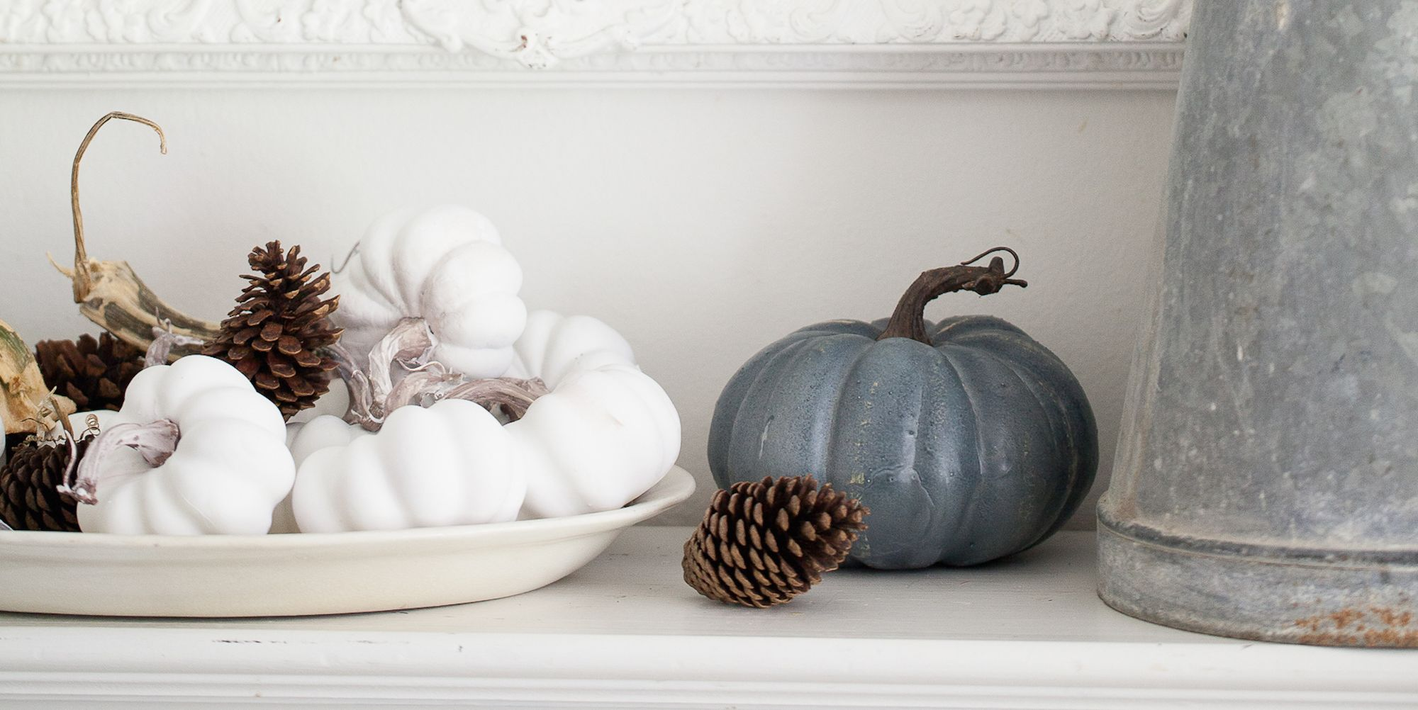 22 Stylish Fall Decorations That Create Beautiful Seasonal Vignettes