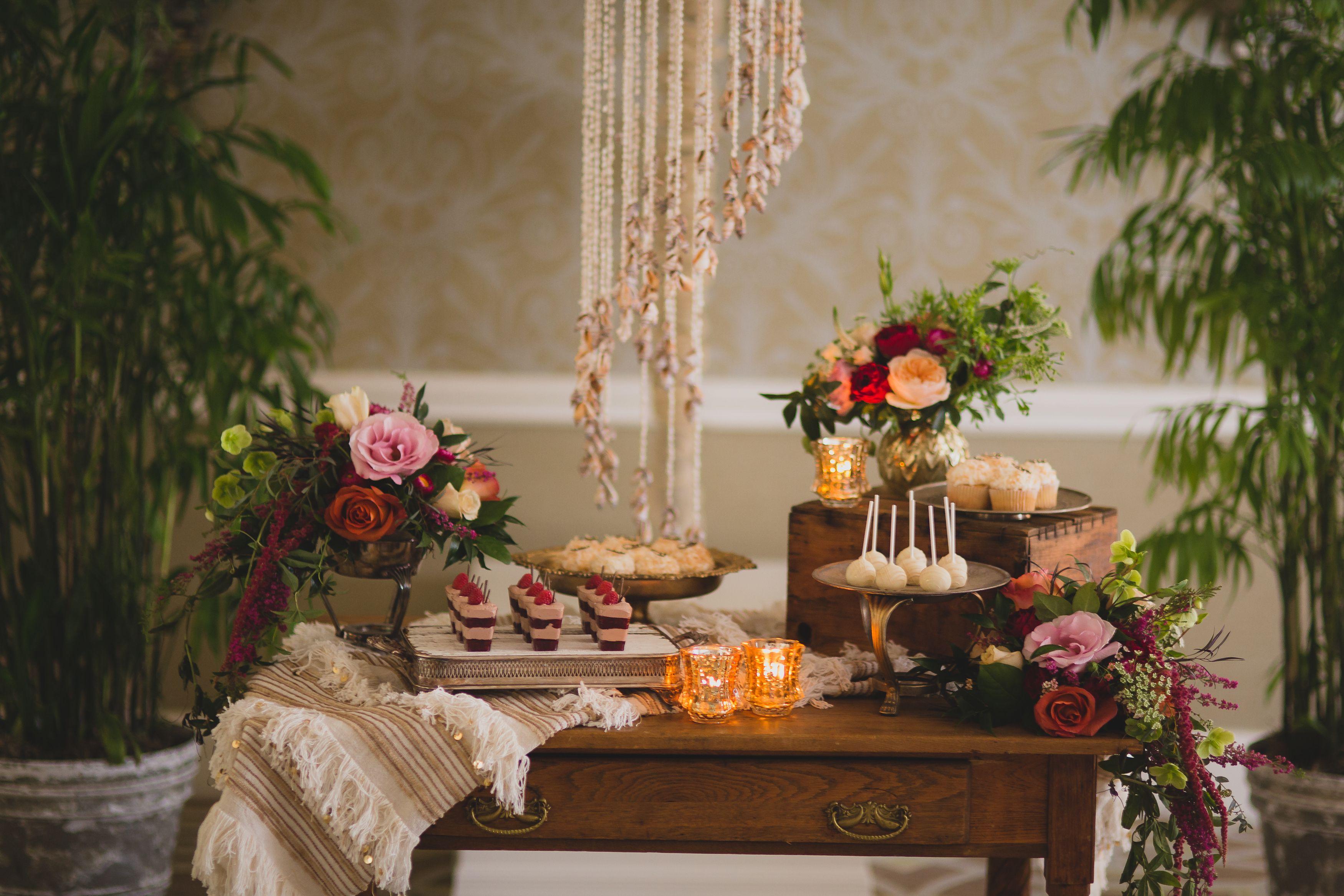 32 fall wedding ideas best autumn wedding themes junglespirit Image collections
