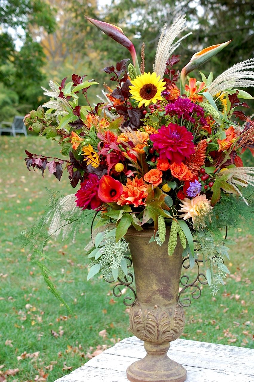 20 best fall wedding flowers wedding bouquets and centerpieces for 20 best fall wedding flowers wedding bouquets and centerpieces for fall junglespirit Choice Image