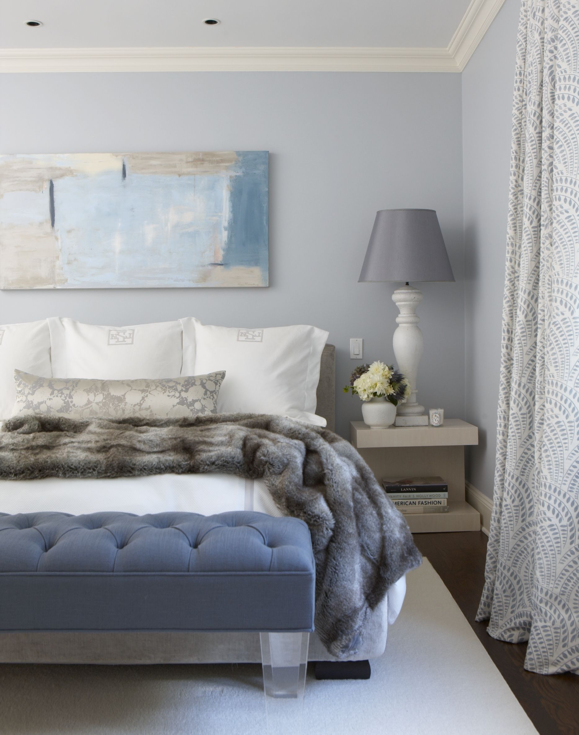 9 Best Faux Fur Decorating Tips - Cozy Room Ideas