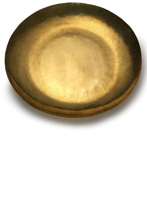 "<p>Decorative objet–like this super chic brass dish–are the kinds of gifts your friends won't think to register for but are going to use non-stop. <em data-redactor-tag=""em"" data-verified=""redactor""><strong data-redactor-tag=""strong"" data-verified=""redactor"">Lue</strong> extra-large brass dish, $240,&nbsp;<a href=""http://shop.goop.com/products/extra-large-japanese-brass-dish"" target=""_blank"">shop.goop.com</a>.</em></p>"
