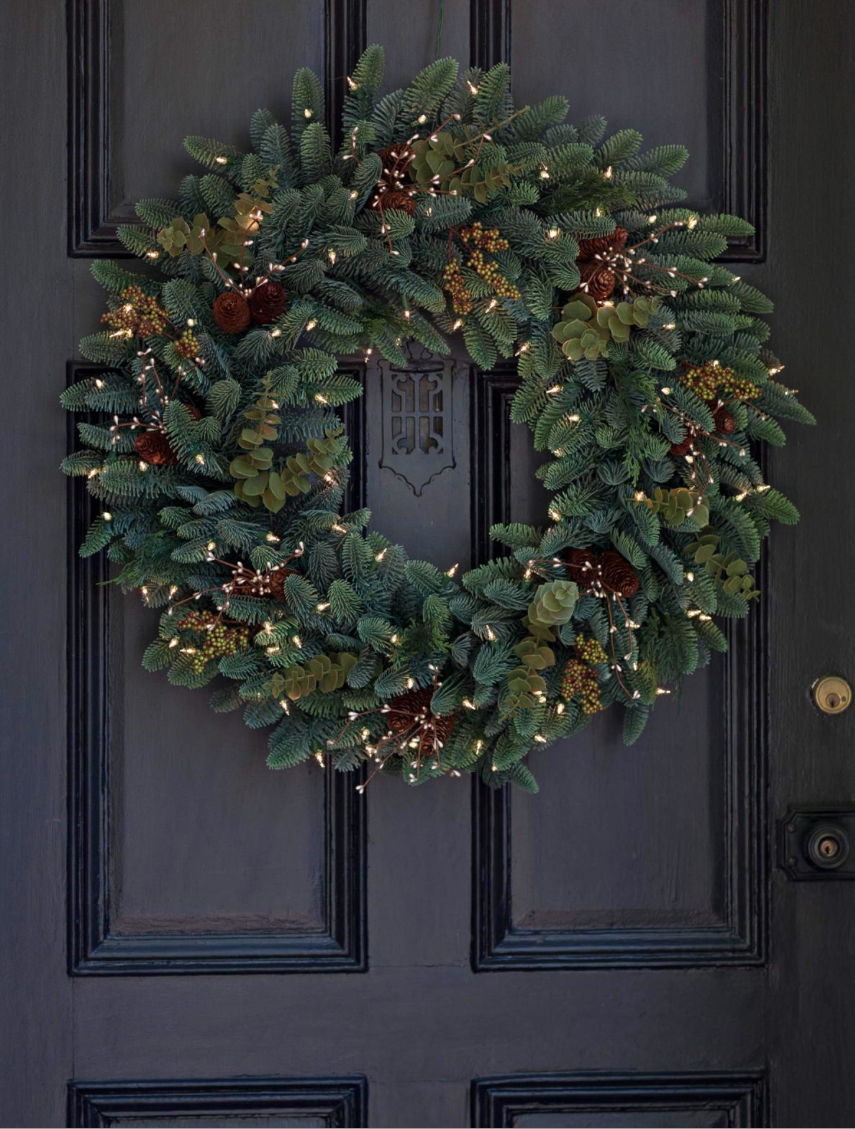 60 Best Christmas Door Wreath Ideas 2017 - Decorating with . & christmas wreath on door - neologic.co pezcame.com