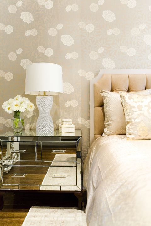 Room, Interior design, Yellow, Textile, Wall, Bed, Floor, Lampshade, Linens, Furniture,