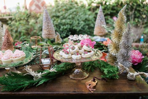 christmas table decorations - Green Christmas Table Decorations