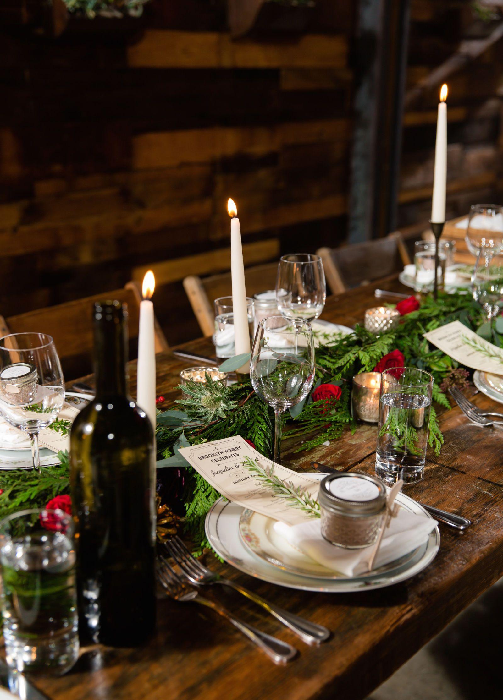 20 best christmas table centerpieces easy ideas for holiday rh elledecor com homemade christmas table decorations centerpieces christmas table decorations centerpieces australia