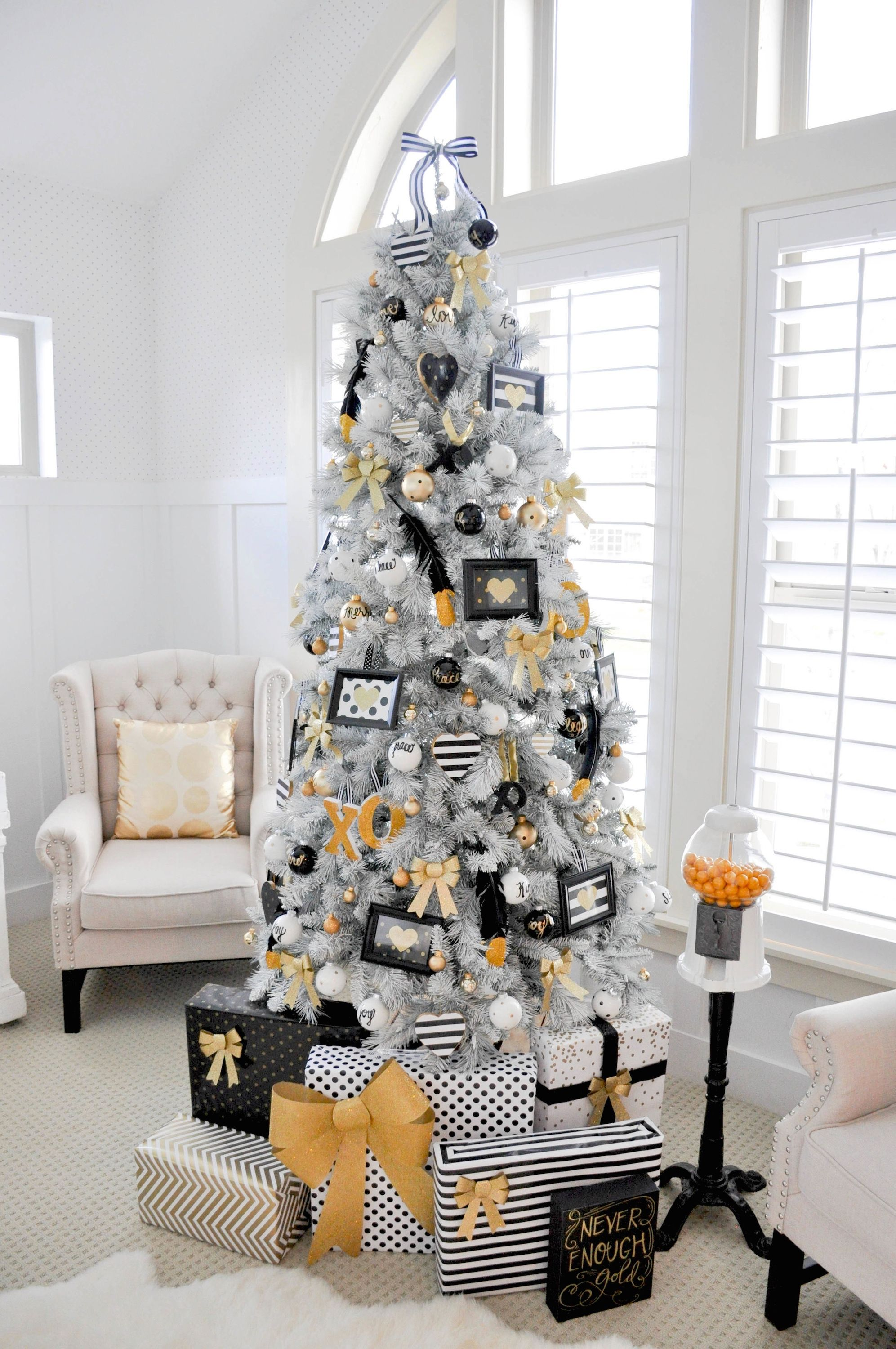 of gold tree decor for decorating ideas blue christmas from place decoration white pic your dreams the