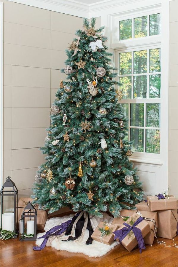Pretty Christmas Trees 25 Beautiful Christmas Tree Decoration Ideas 2017 .