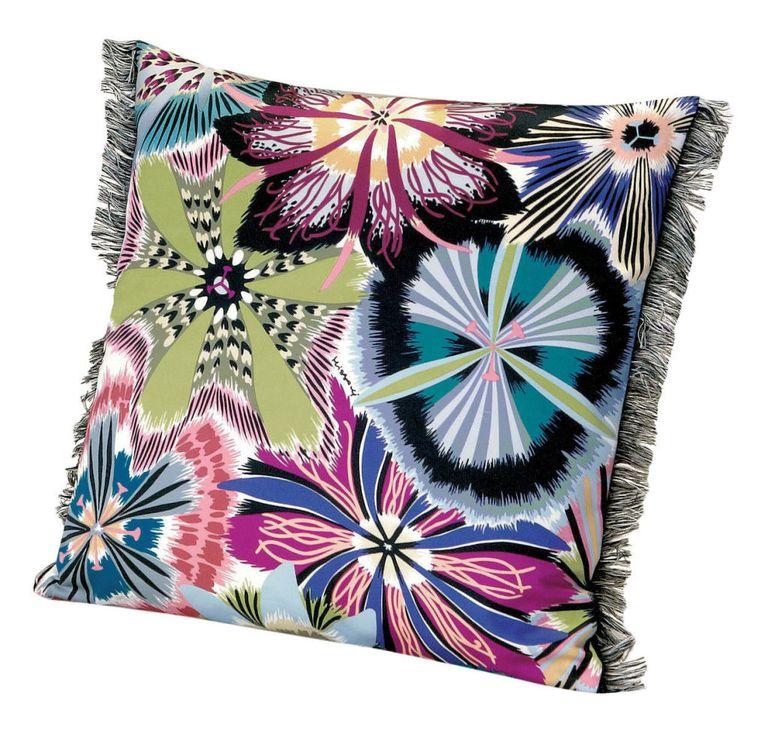 Missoni Home Sofa Gravita Passiflora Giant: 32 Throw Pillows To Use As Fall Decorations