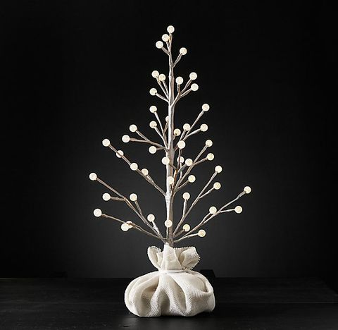 27 Modern Christmas Trees For Holiday Decorations