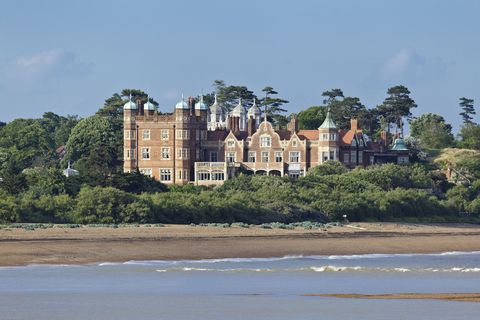 This English Mansion Once Housed The Royal Air Force During World War II