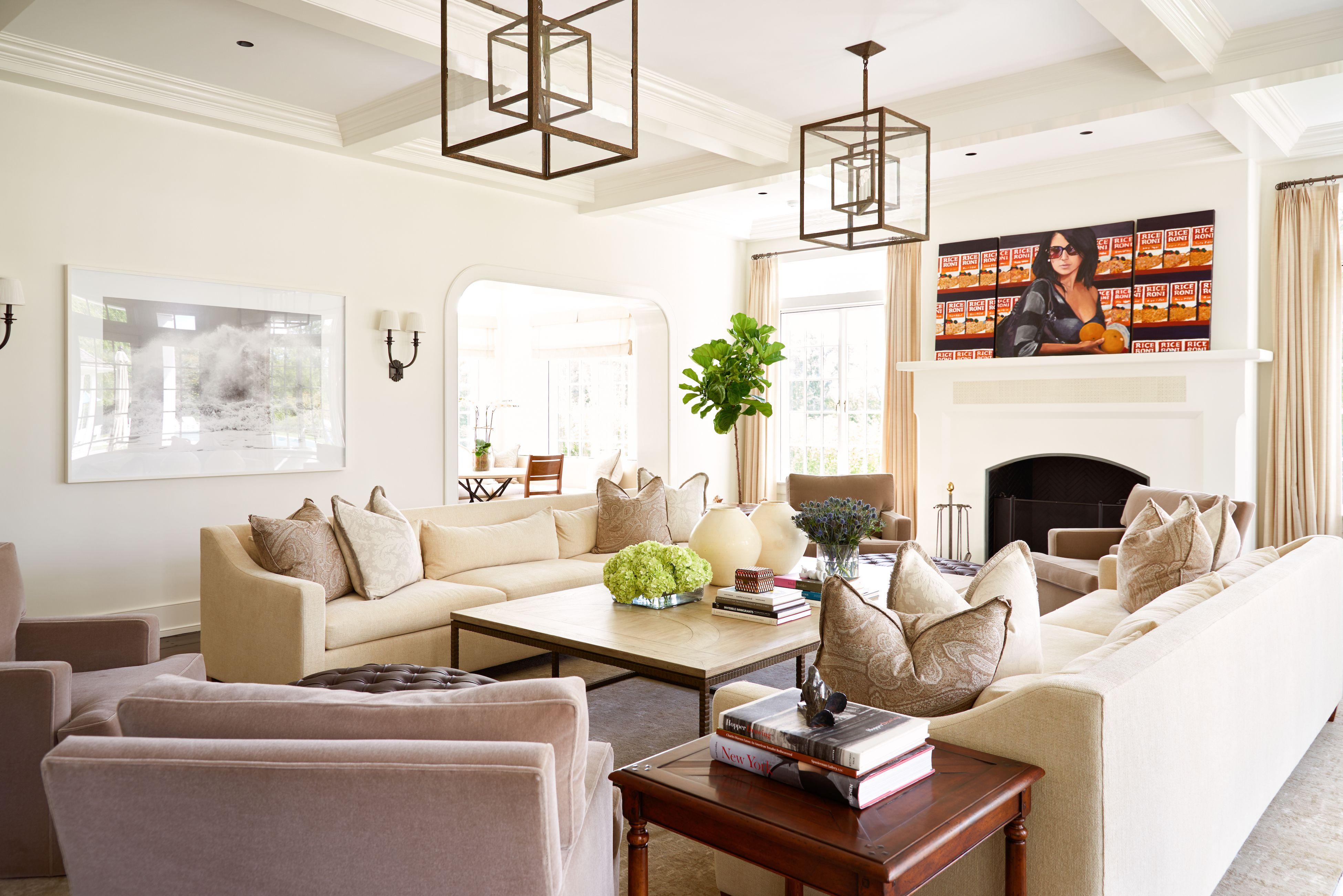Tour Alec Baldwin And Hilaria Baldwins House In The Hamptons