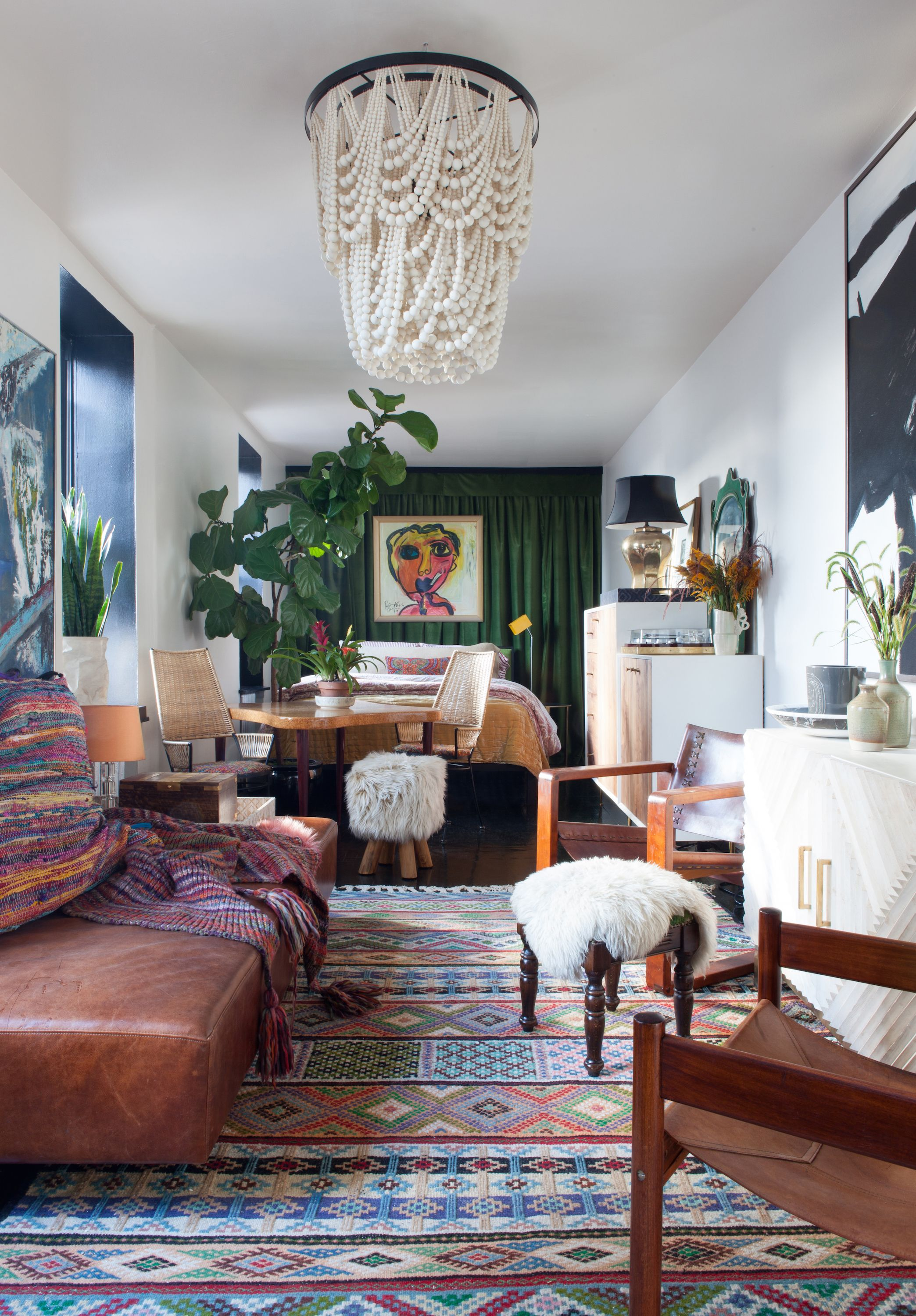 10 Best Ways To Display Souvenirs   Worldly Eclectic Style In A New York  City Apartment