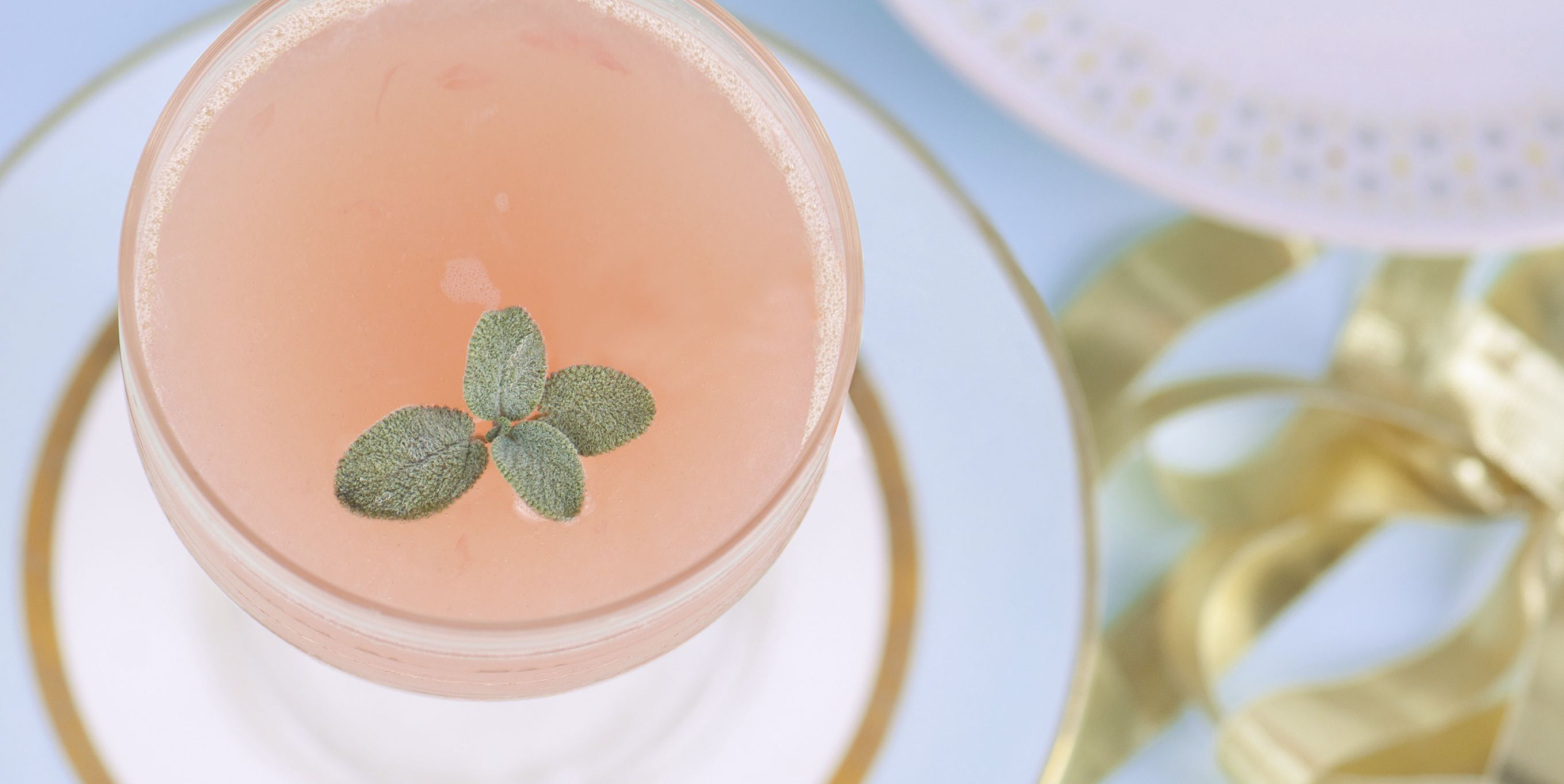 30 Champagne Cocktails To Add Lighthearted Flavor To Your Evening