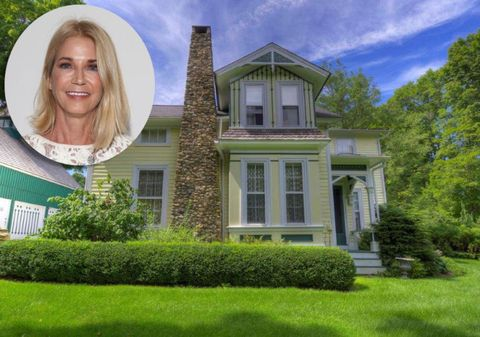 """""""Sex And The City"""" Author Candace Bushnell Lists Her Connecticut Country House"""