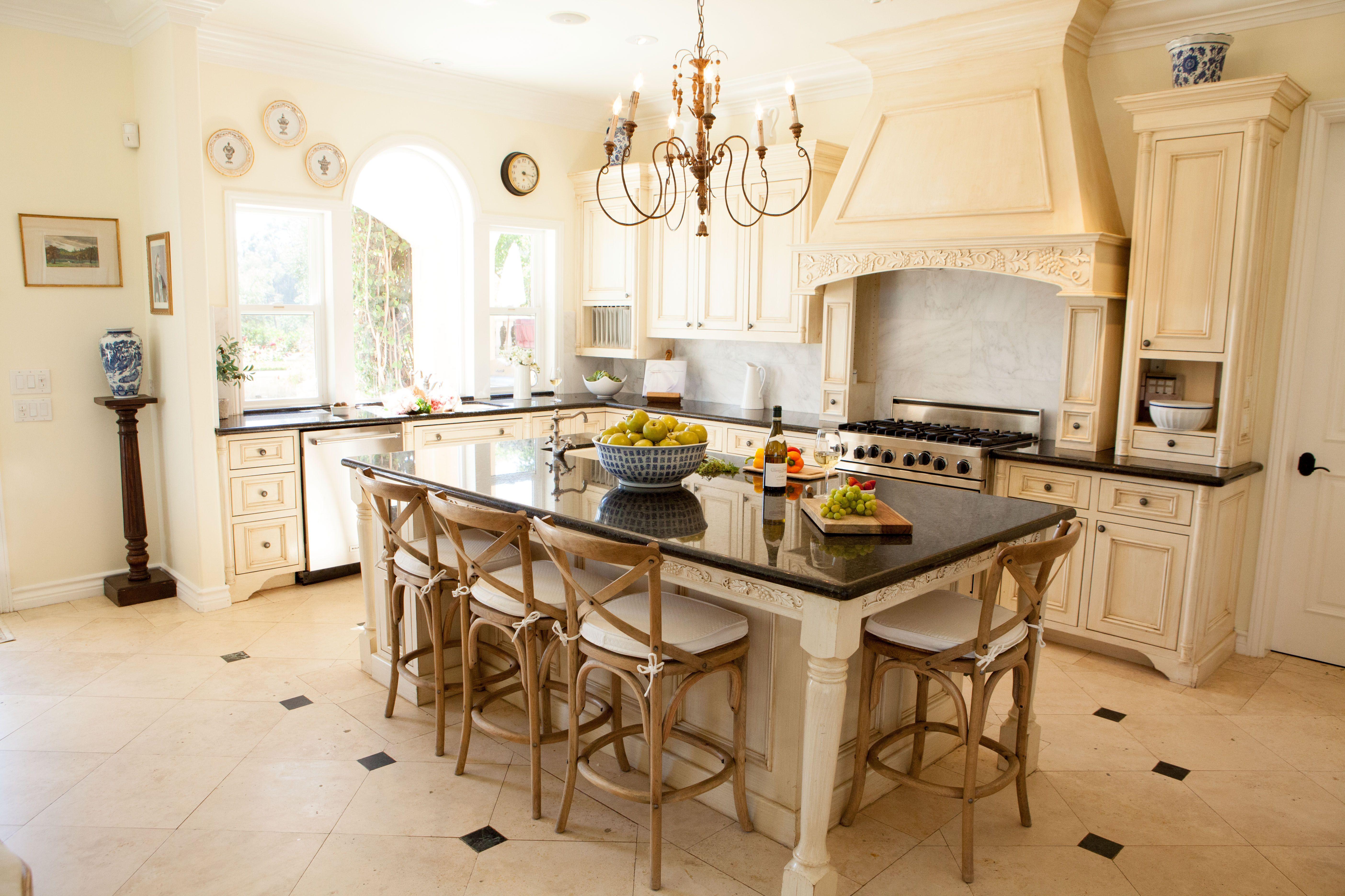 20 Best Kitchen Islands Kitchen Design And Kitchen Island Ideas